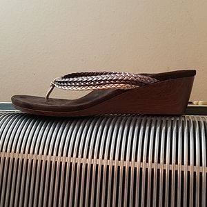 ORTHAHEEL SILVER/BRONZE/GOLD BRAID THONG WEDGES